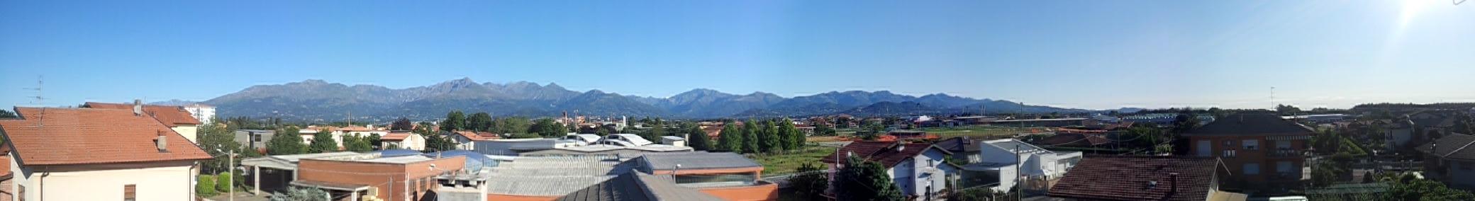 Vista delle Alpi Biellesi dal nostro ufficio